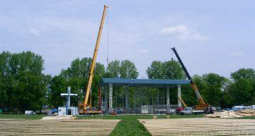 Ołtarz papieski na Błoniach w Krakowie
